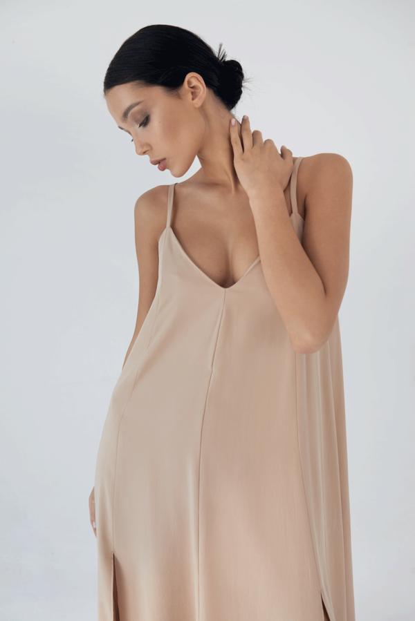 Zwiewna sukienka-sarafan