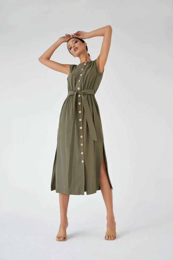 Sukienka z tencelu z guzikami